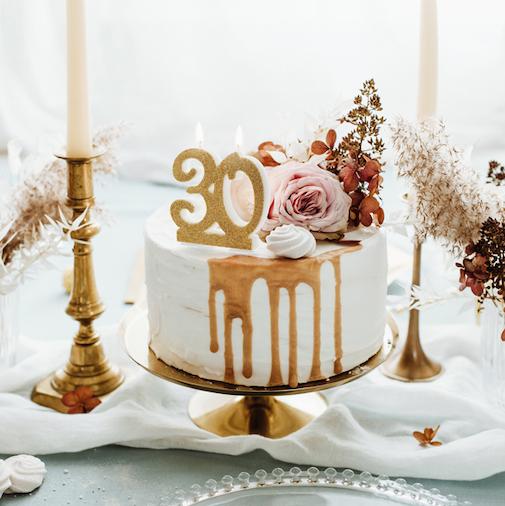 Sviečka na Tortu - 30 - Zlatá