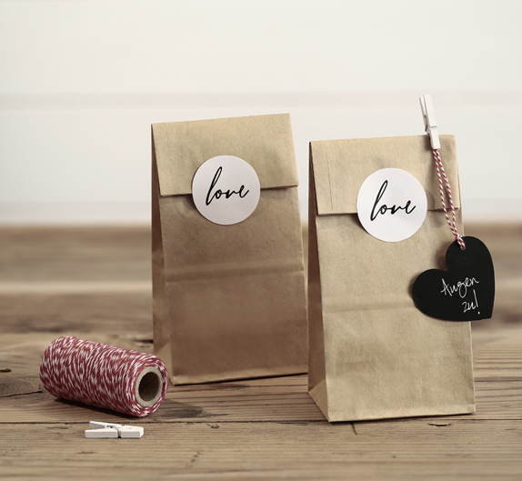 Papierové Vrecúško s Nálepkou - Love - Hnedá (6ks)
