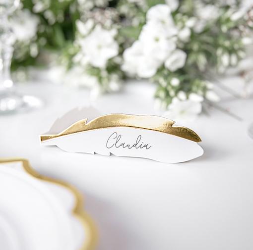 Menovky na stôl - Pierka - Biela a Zlatá (10ks)