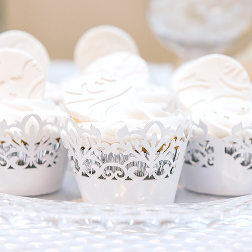 Classic Damask Filigree Paper Laser Cupcake Wrappers (12pcs)