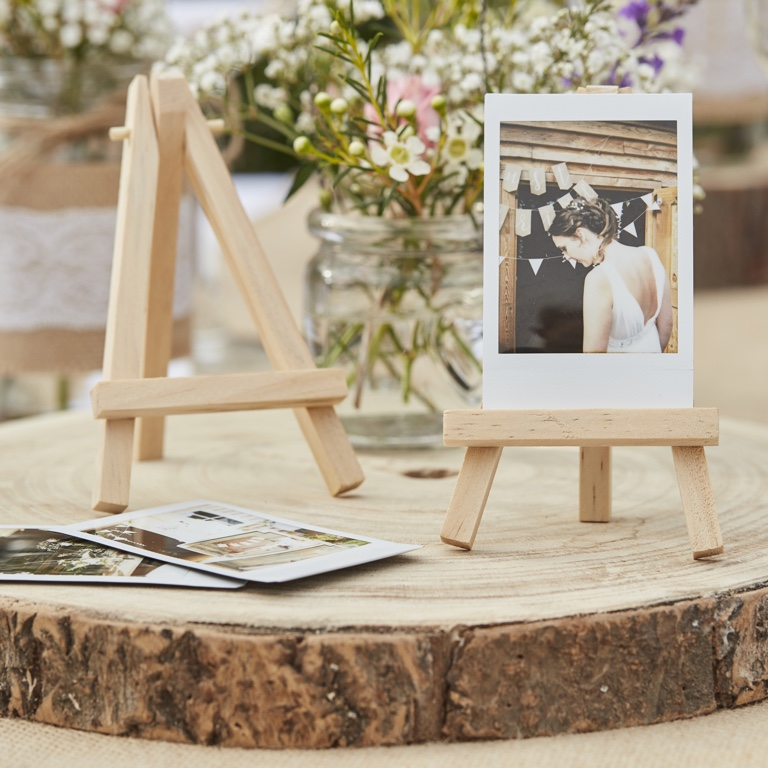 Mini Wooden Easels - Rustic Country (3pcs)